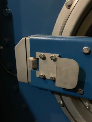 Надежный замок двери стиральной машины